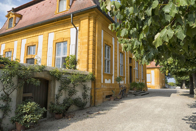 Schloss Seehof bei Bamberg Schwarzstefan Stencil Architecture Bamberg  Building Building Exterior Built Structure City Day Door Entrance Façade Footpath Front Stoop Home Ownership House Luxury Nature No People Outdoors Plant Residential District Row House Seehof Window