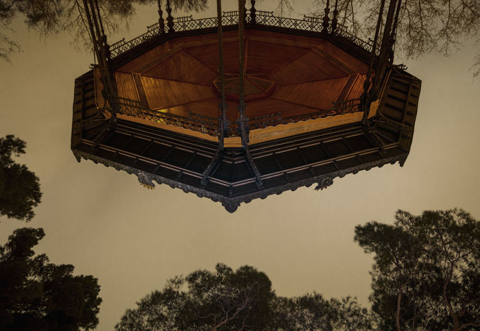Round and Round Autumn Cloudy Dark Linas Was Here Trees Carrousel Fall Moody Park Retiro Reverse Upside Down Woods The Architect - 2018 EyeEm Awards