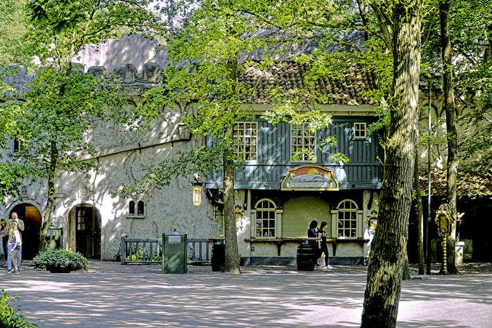 De Efteling Amusement Parks Architecture Building Exterior Built Structure Day Façade House Old Outdoors Parc D'attractions Parque De Atracciones Residential Building Town