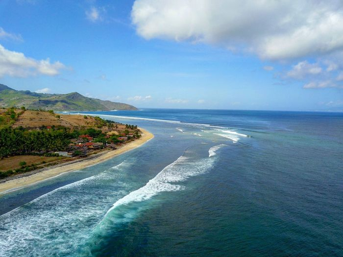 Is this one still secret? #agus_harianto_photography #propertyforsale #landphotography #scubasurflombok #propertyphotography #photographyservicelombok markettingphotography Sea Water Beach Cloud - Sky Nature Scenics Sky Beauty In Nature Outdoors Horizon Over Water Tranquility No People Day Landscape Sand Wave