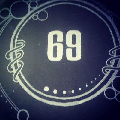 69 Uyee