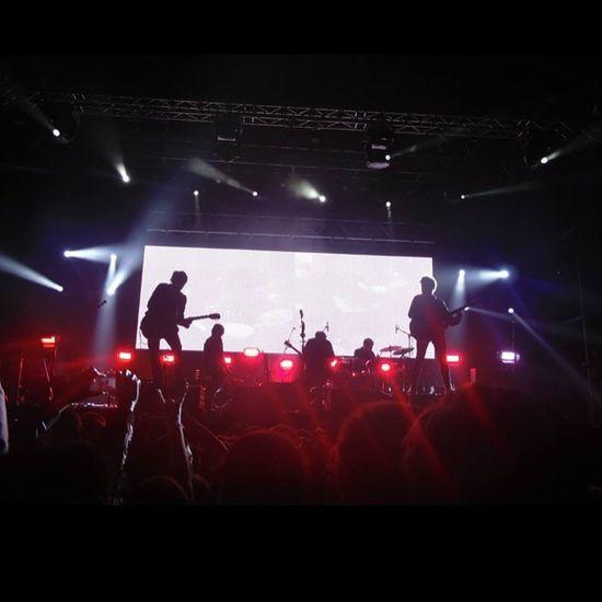 Donde existas yo te seguire... Te seguire... A la velocidad de la luz... 🎶❤️ Los Bunkers 10 de Agosto 2013 SurActivo, Concepcion, Chile Music Musicphotography Concert Losbunkers MusicScape
