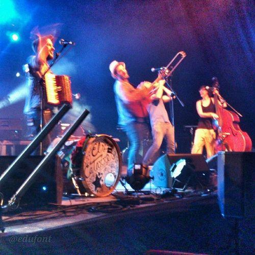 Els Catarres a la FMediterrania de Manresa Bages Catalunya art espai Damm music live