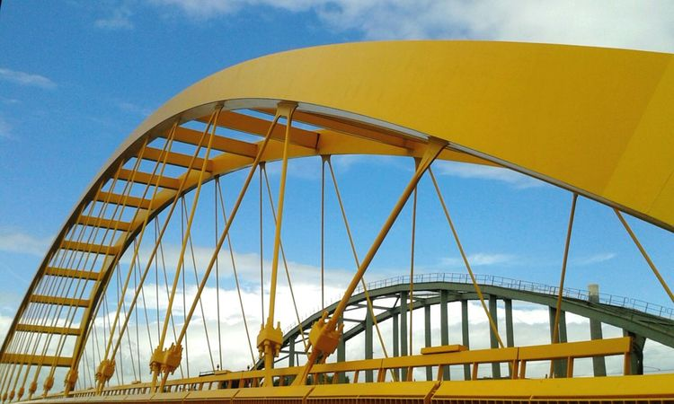 My favouritte doubble kick - it's a funny story with this yellow bridge I hated cycling throught it but I loved watching at it. Alhouth more than a year I couldn't find enought time to take a shoot until now. What was my biggest surprise? There're 2 in 1... Who on earth have made the 2nd one? Check This Out Dubble Kick of Bridges Bridge View Bridgeporn Dutchstyle Metal Metalwork Metal Art Geometric Design Shapes And Forms Repeated Pattern Arch Modern Architectural Detail Colorhunter Yellow EyeEm Gallery Open Edit The Week On Eyem Mobilephotography Galaxys3 Utrecht