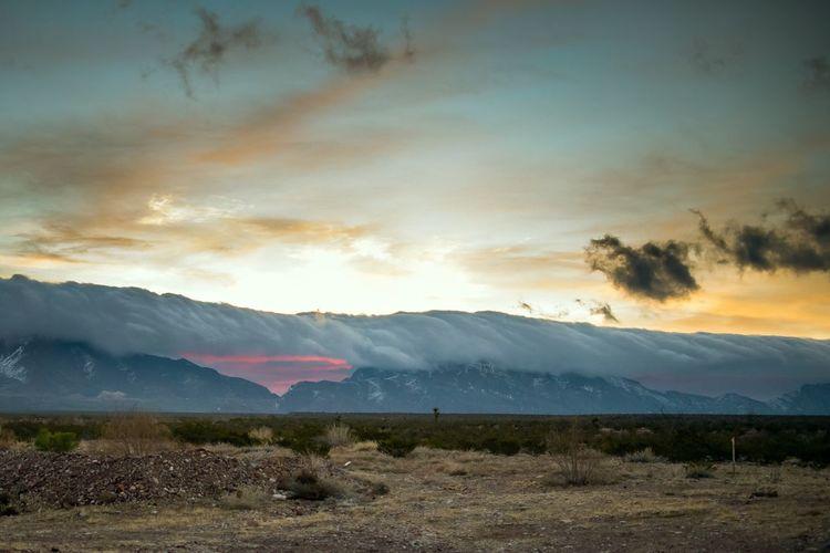 Mountain Sky Clouds Sunrise ElPasoTX Texas Mountain Range Landscape Nature Nopeople