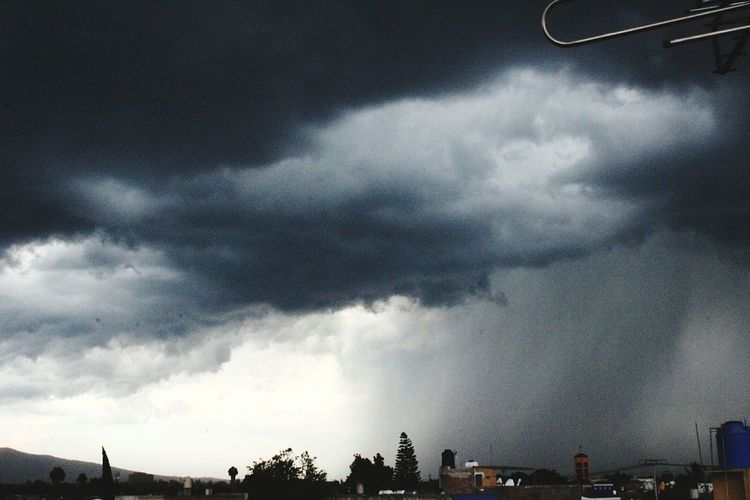 Guadalajara Cielo Lluvia Truenos Tormenta Jalisco Es México Desde El Balcón De Mi Casa