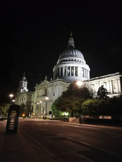 st pauls Catthedral London Stpauls StPaulscathedral Church Goddess Blessing Lovethisplace Politics And Government Dome Government Historic History