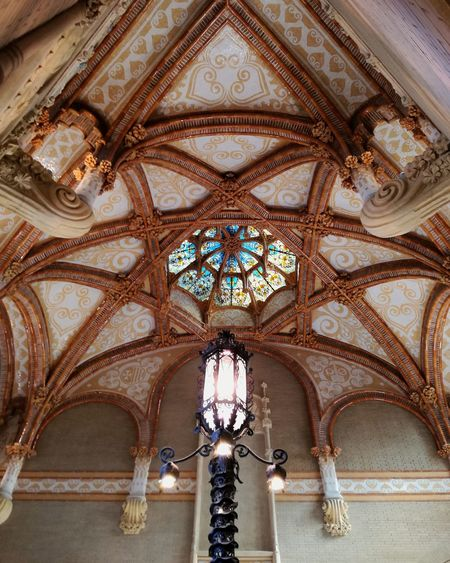 Indoor Photography Ceiling Architecture Low Angle View Built Structure No People Place Of Worship Architecture And Art Rose Window Arch Hospital Sant Pau Sightseeing Museum Indoors  Light Art Lightpost Huaweip9lite Day