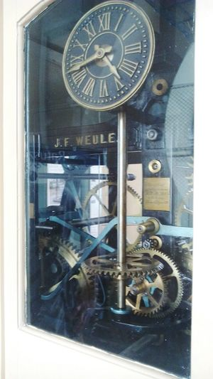 Hello Word ✌ Halo Ziemia Fresh Style Clock Towers Watch The Clock Hasztagnieznane Strong Streetstyle