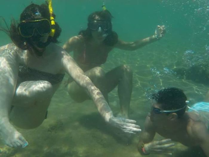 THESE Are My Friends Friendship Summer2015 Summer Memories... Summertime Enjoying Life Friends ❤ Friends No Filter No Filters Or Effects No Filter, No Edit, Just Photography Nikon Coolpix S32 Nikon Nikon_photography_ Sea Sea Life The Purist (no Filter, No Edit) Underwater Under The Sea Underwater Photography