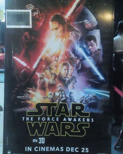 Most anticipated movie of this year .... Released today on 25th and completely satisfied by the movie . Imax Hyderabda the biggest imax screen the world ..pretty awesome .... Wonderful movie and 10/10 Rating . Fotogeek15 Starwars Starwarstheforceawakens Episode7 Instagrap MOVIE /10 Lukeskywalker R .I.P HansSolo . Poster