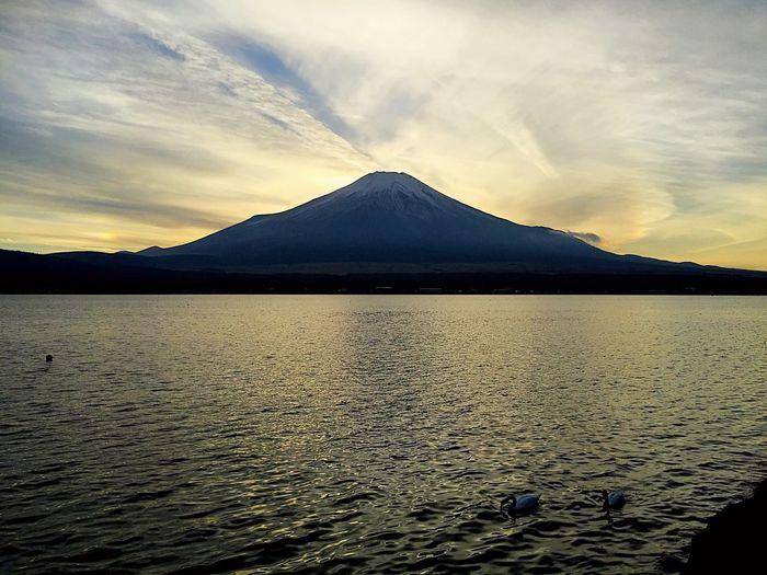 2018.11.25 #富士山 #山中湖 山中湖 富士山 Sky Mountain Scenics - Nature Water Beauty In Nature Cloud - Sky Tranquility
