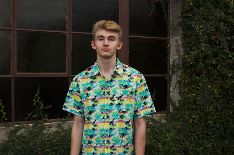 Tropics Floral Fashion Style Green Tropical One Person Looking At Camera Portrait Front View Young Adult Young Men Standing Adult Pattern Lifestyles Day