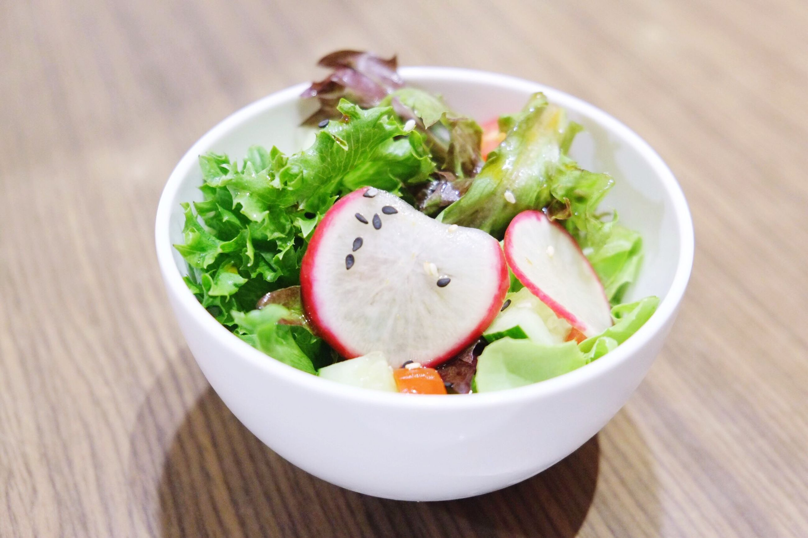food and drink, food, indoors, freshness, table, healthy eating, plate, ready-to-eat, vegetable, meal, selective focus, salad, appetizer, serving size, chopped, arugula, focus on foreground, temptation, leaf vegetable, indulgence, garnish, tomato, salad bowl, vegetarian food