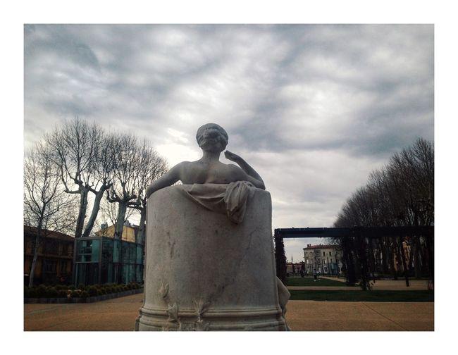 Le bain de lumière Sky Sculpture Human Representation Cloud - Sky Statue Representation Architecture Built Structure Day