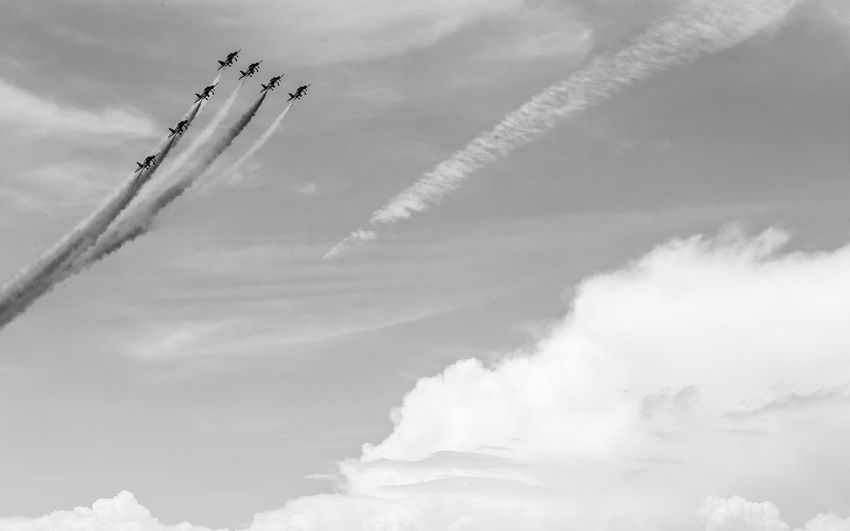Cloud - Sky Sky Air Vehicle Low Angle View Vapor Trail Smoke - Physical Structure Airshow Airplane Plane Flying Fighter Plane Day Cooperation Teamwork Transportation Mode Of Transportation on the move No People Motion Military Airplane Outdoors Blackandwhite Black And White Black & White Skyporn
