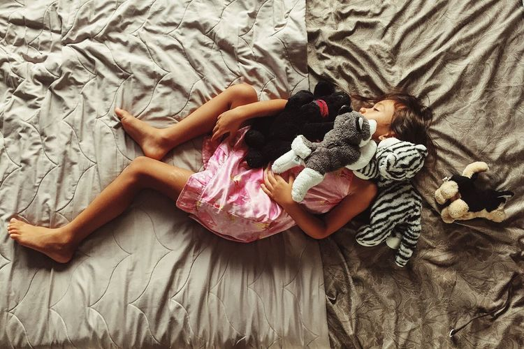 Color Photography Child Dreaming Stuffed Animals People Girlhood Stuffies Childhood Child Sleeping Beauty RePicture Friendship Dreaming Childhood Children Photography Children Dream Sleep