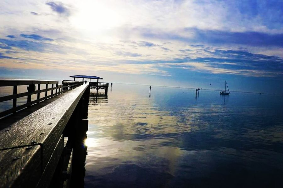 Blue Sky Reflection Sea Water Sunset Pier Tranquility Cloud - Sky Tranquil Scene Horizon Over Water Reflection Sunlight Nautical Vessel