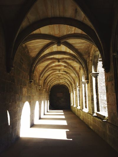 Arch Indoors  Architecture Corridor The Way Forward History No People Built Structure Day