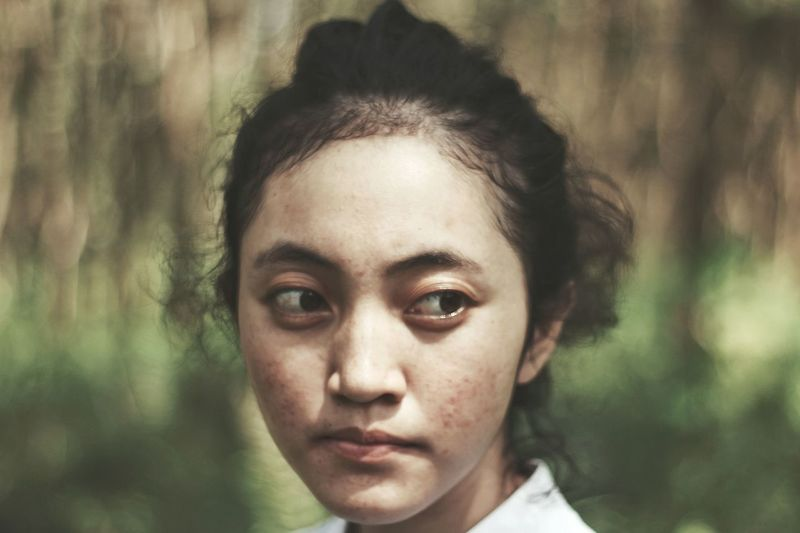 Indonesians people Potrait Faces Of EyeEm #womeninframe #photography #EyeEmNewHere #Nature  #beautifulnature Women Portraits Fine Art Photography #travel #indonesia_photography Real People People Photography Eye Color Eye Make-up Iris - Eye Ceremonial Make-up Lip Gloss Eyebrow Face Powder Eyeshadow