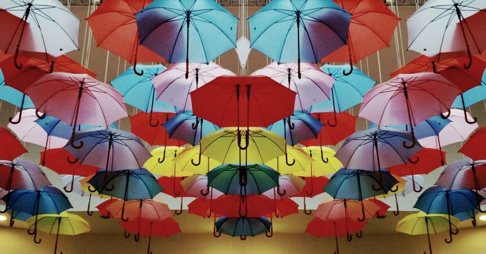 Umbrellas Skrwt MRRW Colors
