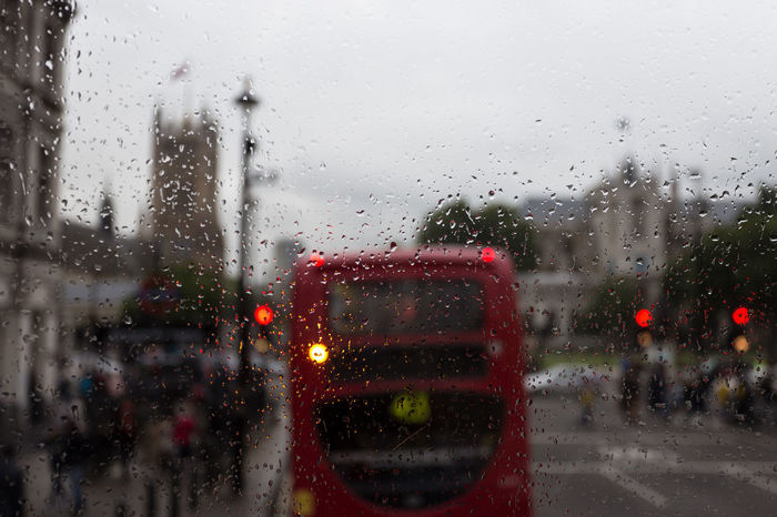 Bokeh Turn Left Double Decker Bus Drop England Focus On Foreground Glass - Material Land Vehicle London London Lifestyle London Weather  Mode Of Transport Rain RainDrop Rainy Season Red Colour Road Sights Transparent Transportation Travel Weather Wet Window Brexit