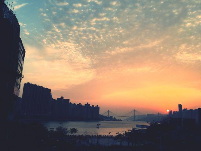 Sunset Hong Kong Tsuen Wan Bridge Sea And Sky