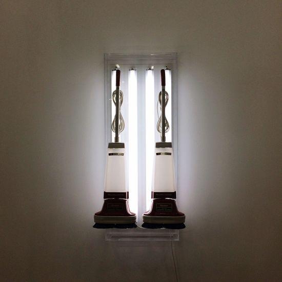 Exhibition Jeff Koons Modern Art Last Day Of 2014 Minimalism Symmetrical