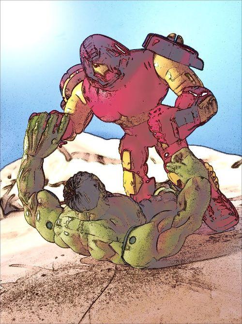Hulk vs Hulkbuster. Toyphotography Marvel Avengers Marvellegends Toybiz Vintagetoys Vintage Action Figures