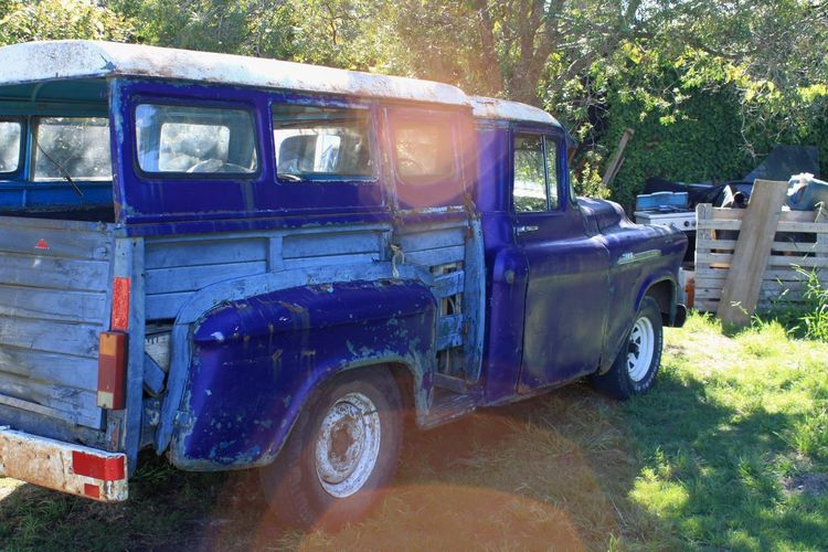 Old pick up in Uruguay that is still being driven and working. Old Cars Uruguay Car Blue Car Chevrolet 3100 Truck Pick-up Truck Blue