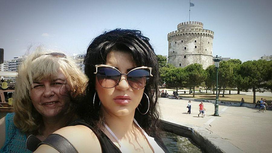 Ilovemymommy Meandmymomy White Tower Of Thessaloniki Thessaloniki I Love Greece Hello World Enjoying Life Ilovethessaloniki Taking Photos Greece Memories Greecesummer Traveling Selfie ✌ Neaparaliathessalonikis Thessaloniki Greece