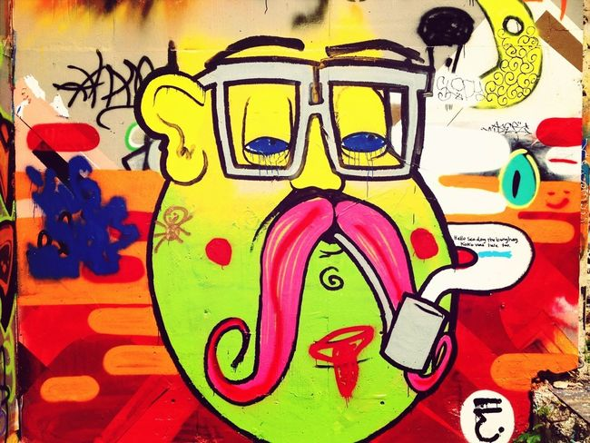 "it's ""high"" time... EyeEm Streetphotography Street Art/Graffiti EyeEm Best Shots"