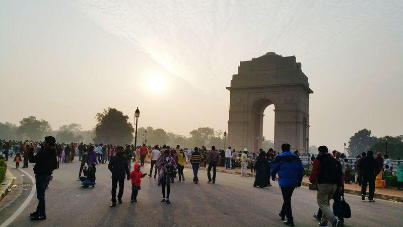 Asian Culture Thehumancondition ForeignCitizen Incredible India IndiaTravelDiaries @ Indiagate Newdelhi  12th Jan 2015