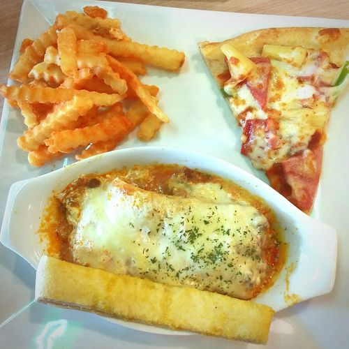 Craving Satisfied! Pizza🍕 Lasagna Fries Fries Fries
