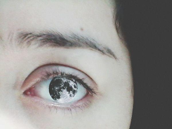 The Amazing Human Body Photography PhonePhotography White Eye My Eyes Eyes Moon The Moon Goodnight Moon