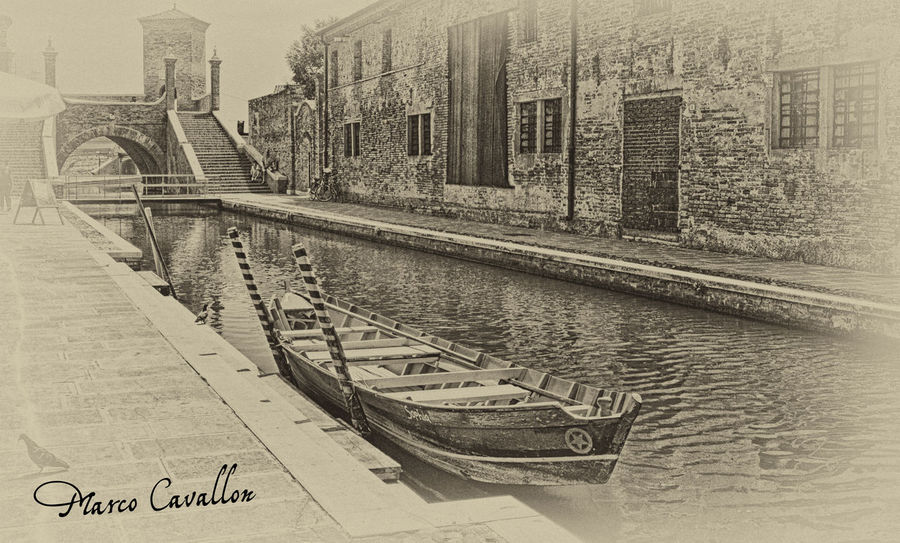 The memory remains... Comacchio, giugno 2014 Black And White Black & White EyeEm Best Shots - Black + White Monochrome Drawing Photodraw Boat Canal