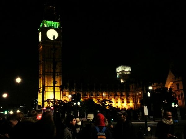 Hanging Out Taking Photos Traveling Check This Out Big Ben in London.