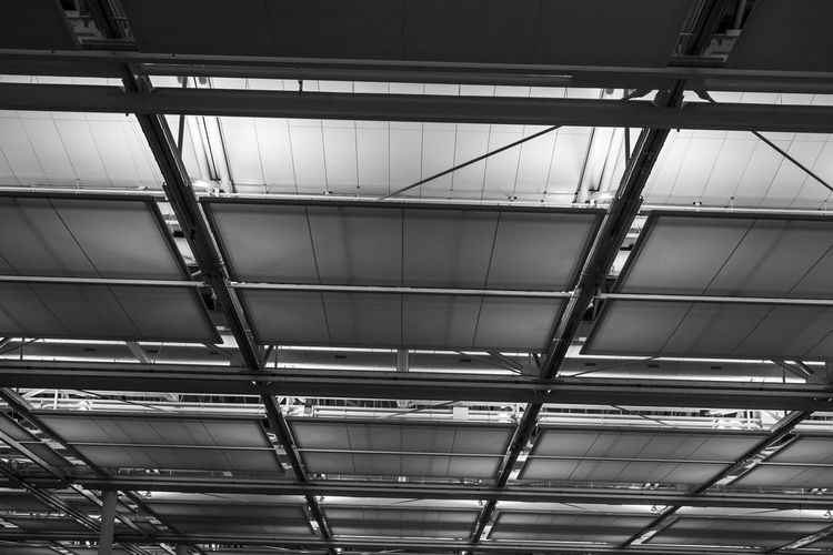 Beautifully Organized Full Frame Backgrounds Indoors  Metal Low Angle View Built Structure No People Architecture_collection Architecture Stock Photo Stockphotography Stockphoto Stock The EyeEm Collection EyeEm Best Shots ARTsbyXD EyeEmBestPics EyeEm Gallery Xd_arts EyeEm Blackandwhite Black And White Black & White Archi Minimalist Architecture