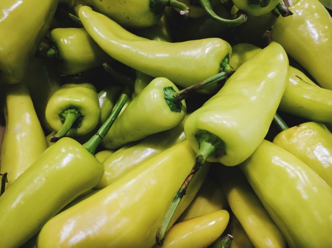 Big green chili pepper Full Frame Market Vegetable Business Finance And Industry Healthy Lifestyle Close-up Food And Drink Green Color Market Stall Stall Green Chili Pepper Chili Pepper Chili  Pepper Farmer Market Pepper - Vegetable Raw Street Market EyeEmNewHere