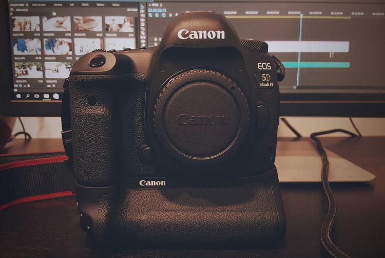 Full of love.. Technology Studio Canon Canonphotography Canon 5d Mark Iv