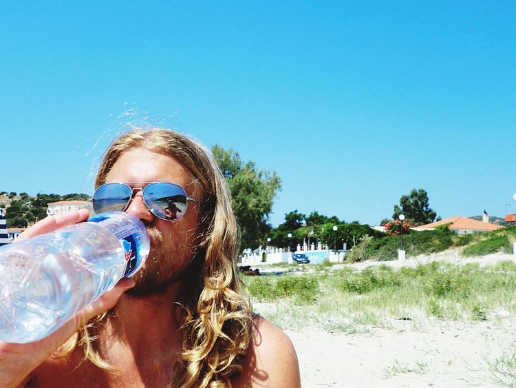 Water Drinking Water Drinking Thirst The Tourist Summertime Vacation Beach Life Beach Day On The Beach Long Hair Longhair Long Haired Man Model Sunglasses Sunny Day Mirror Reflection Sunglasses Eyewear Rayban Handsome Hot Day Hot Weather Vacation Travel
