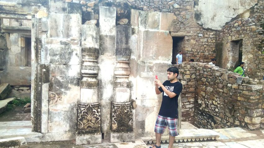 Standing One Person Adult Casual Clothing Day Full Length Adults Only Only Women One Woman Only Spraying Lifestyles Young Adult People Outdoors Young Women Real People Water One Young Woman Only Architecture Breathing Space Bhangarh Fort Happıness Connected By Travel