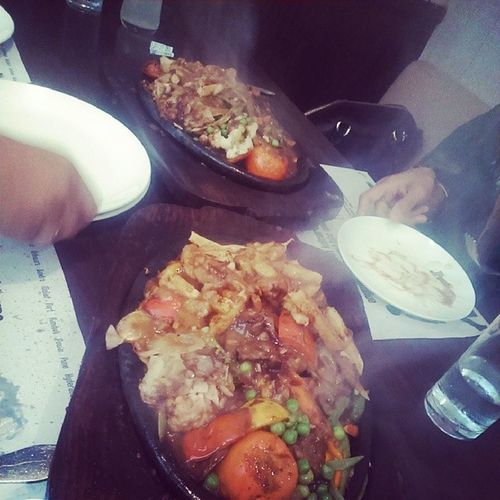 My foods sizzling ;) Foodgramming Instaclick Lunch Instagood picoftheday