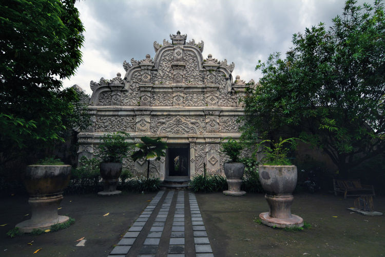 Taman Sari Water Castle is a site of a former royal garden of the Sultanate of Yogyakarta Architecture Building Exterior Built Structure Façade Famous Place Historic Historical Building History INDONESIA Indonesia_allshots Royal Symmetry Taman Sari - Yogyakarta Tamansari Landscapes With WhiteWall