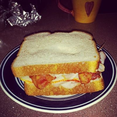 Honey Turkey, muenster cheese, Bacon , pepperoni, mayo, salt pepper, all on honey wheat bread........I just made this n im bout to smash it Thawayt Waytlessthoughts Thestruggle
