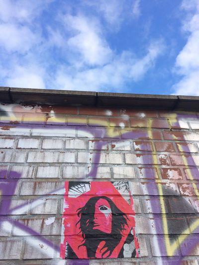FACE TO FACE by liz_art_berlin Liz_art_berlin Urban Art Gallery Berlingirl Coloursplash Popartgallery Facetoface Mywork Onamission Berlinart Graffiti Art Mystyle Popart Myartwork Face Streetart Visage
