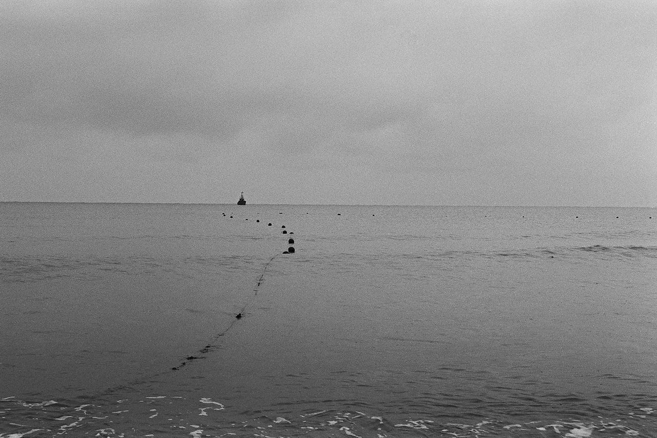 sea, water, horizon over water, nature, beauty in nature, scenics, tranquility, beach, tranquil scene, outdoors, day, sky, no people