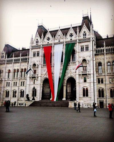 Parliament Budapest Parlament Október23 Ottobre23 Avantiragazzidibuda