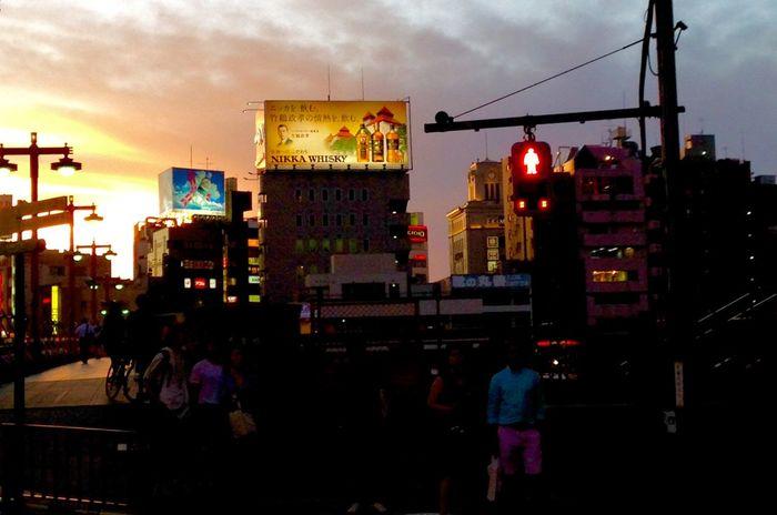 NIKKA Whisky on Sumida River / 梅雨 is over! Hallo Sun / Streetphotography / Urban Landscape