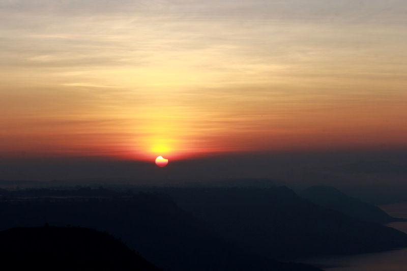 Solar eclipse #gohiger #sunrise #solareclipse #Sunrise #sunrise #reflection #solar Eclipse Astronomy Awe Silhouette Sunlight Sun Tree Dramatic Sky Orange Color Sky Go Higher